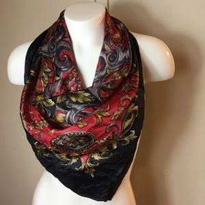 Accessories - Scarf red & black square Women's